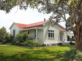 Monty's Cottage (Bachcare) Monty's Lane, Greytown: From $180.00 - $200.00 per night - 2 night minimum stay