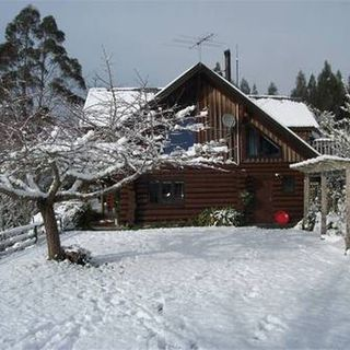 Ruapehu Log Lodge, 5 Ranfurly Terrace, Raetihi #1241 From $160.00 per night for up to 2 guests