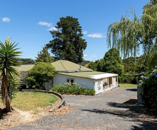 Taniwha Landing, Tirairaka Terrace, Russell (Bachcare) From $215-$365 per night