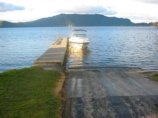 Fantail Cottage (Bachcare), Aoturoa Ave, Rotoiti Forest, Lake Rotoiti: From $145.00 - $205.00 per night