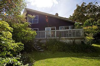 LAKE TARAWERA RETREAT, Spencer Road, Lake Tarawera (Bachcare) From $175.00 per night