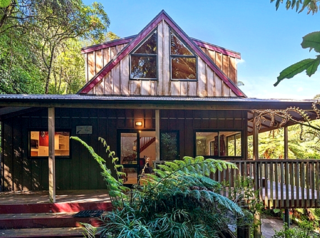 Okere Retreat, Okere Falls Road, Lake Rotoiti (Bachcare) From $175.00 - $250.00 per night