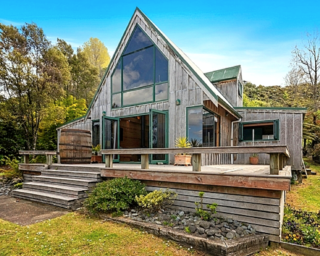 Lakeview Chalet, Spencer Road, Lake Tarawera (Bachcare) From $325.00 - $460.00 per night