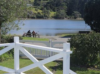 Point Escape (Bachcare) Dunbar Road, Point Wells: From $220.00 - $440.00 per night - 2 night minimum stay