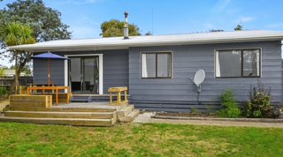 Oasis Marinborough, Naples Street, Martinborough (Bachcare) From $150.00 - $310.00 per night