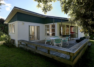 Lake Bach Escape, Keitha Place , Kinloch, Lake Taupo (Bachcare) From $115.00 - $215.00 per night