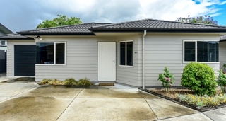 Taradale Treasure, Osier Road, Taradale, Napier (Bachcare) From $170.00 - $300.00 per night