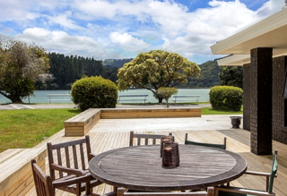 On Point, Dunbar Road, Point Wells, Matakana  (Bachcare) From $255.00 - $485.00 per night